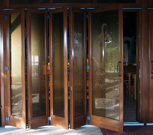 Finestre scorrevoli falegnameria lorenzo brichese - Porte finestre a libro ...